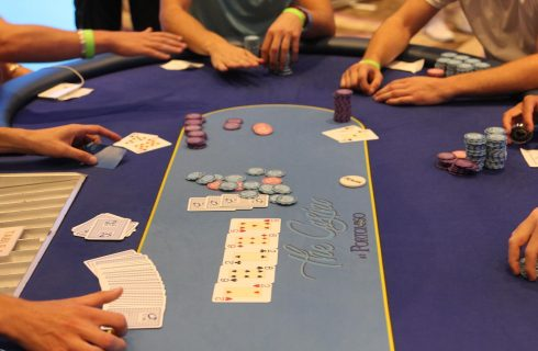 Стэк в покере — основы удержания