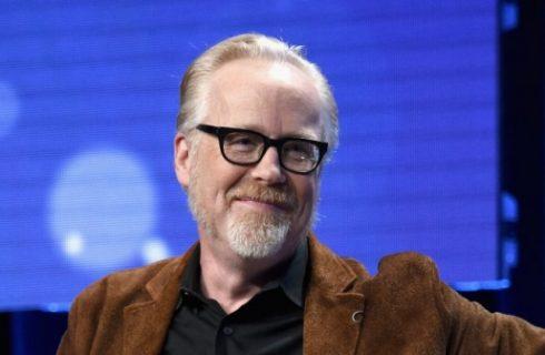 Адаму Сэвиджу известному по «Разрушителям легенд» удалось в точности воссоздать покерный набор из фильма «Шулеры»
