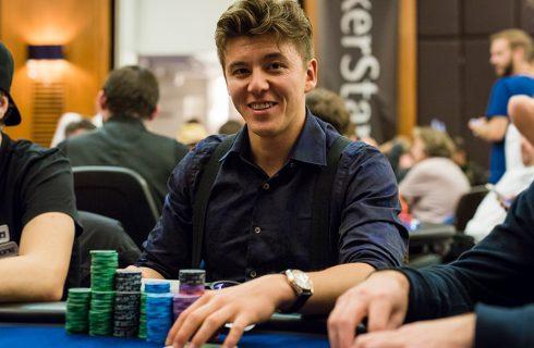В одном из турниров серии Winter Series победителем стал Анатолий Филатов