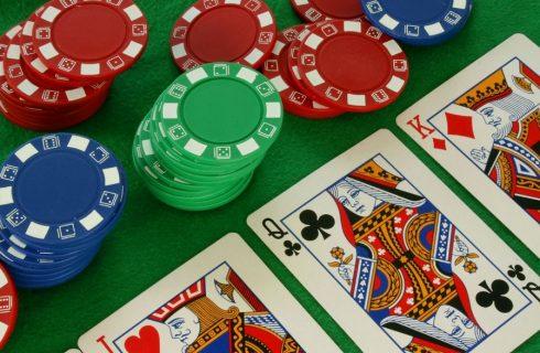 Что такое колл в покере и когда его применять