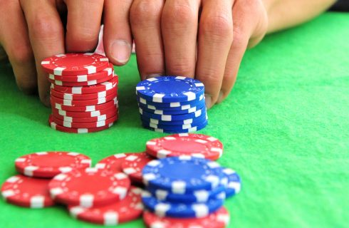 Бет в покере и его разновидности